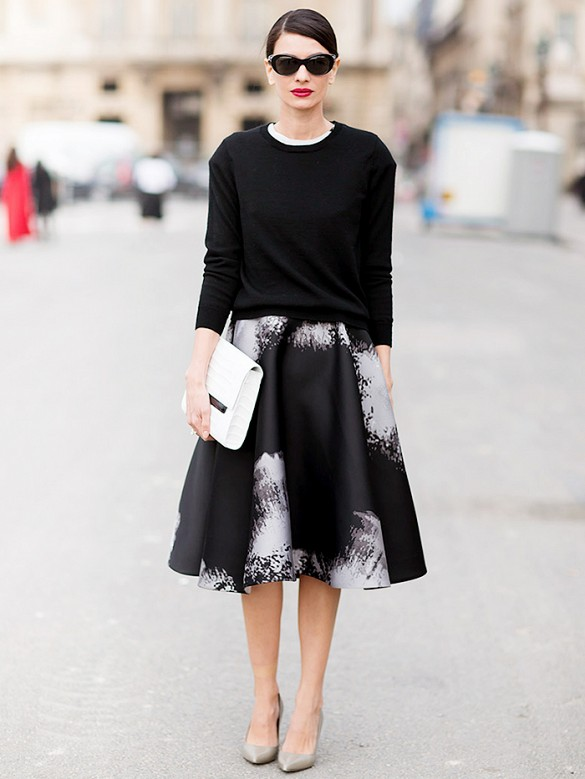 easter-full-skirt-graffiti-artsy-print-black-and-white-white-clutch-ladylike-spring-work-via-stockholm-streetstyle