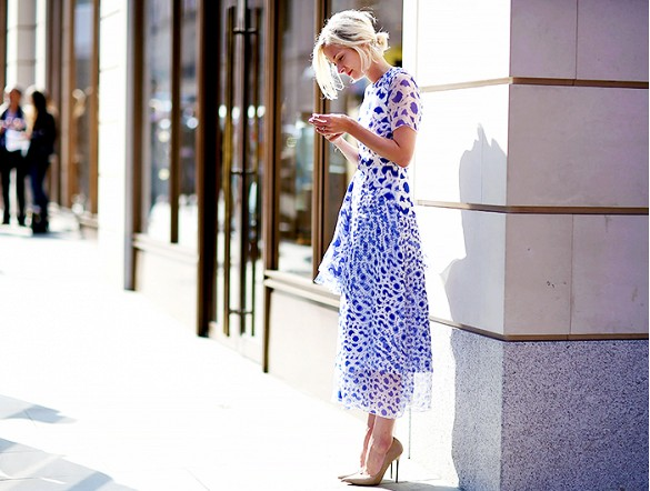easter-spring-dress-florals-printed-dress-prints-spring-wedding-night-out-going-out-shower-via-jessie bush of the we the people