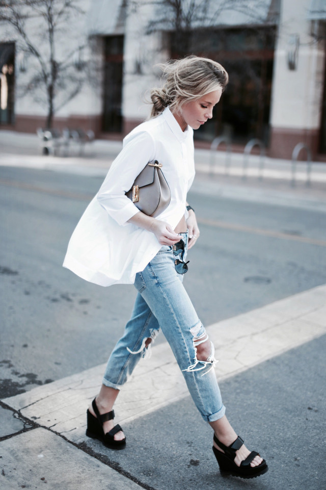 boyfriend jeans, rolled jeans, distressed denim, flatform sandals, wedges, chloe purse, white oxford, spring, going out, night out, brunch, weekend, casual