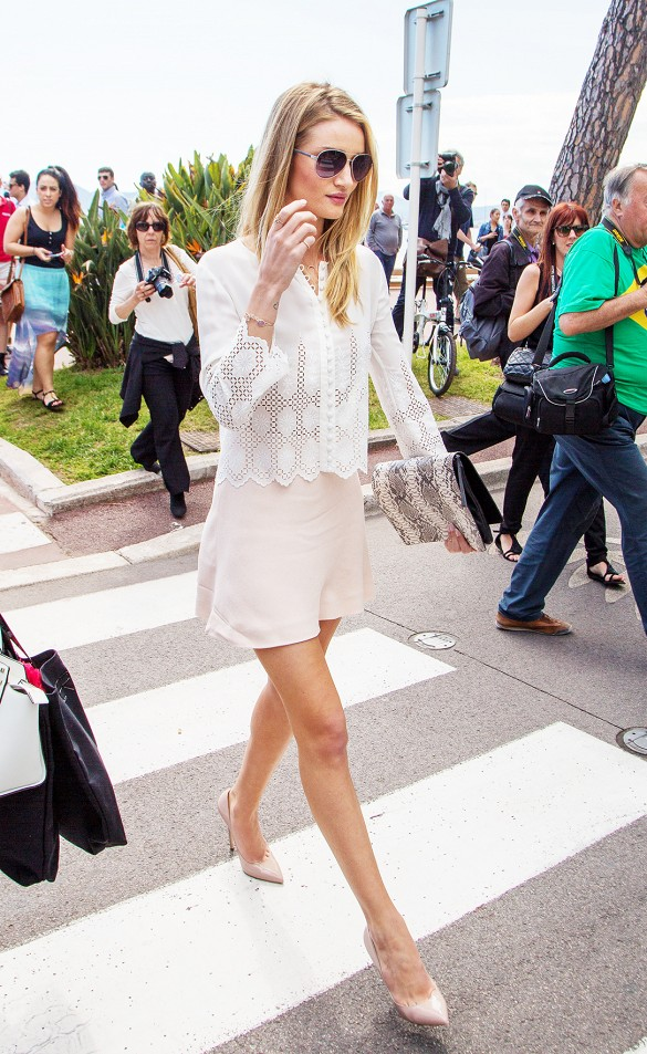 lace-blush-pink-night-out-date-night-pastels-shower-model-rosie-hungtington-whiteley-work-via-www
