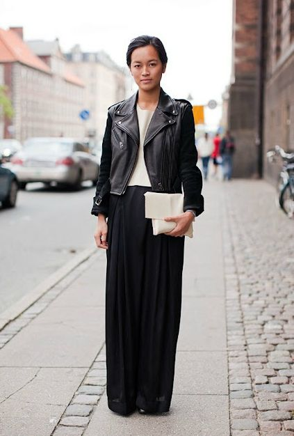 maxi-and-moto-via-