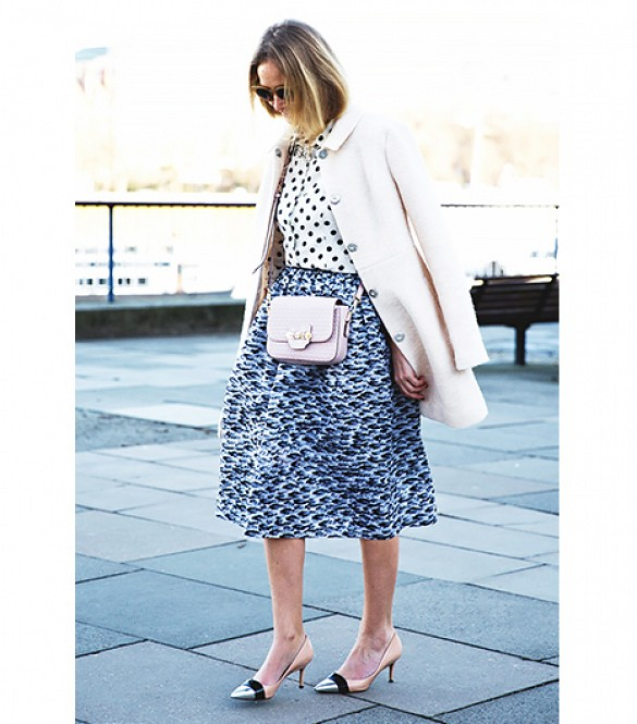 spring-shower-brunch-work-polka-dots-pastel-pink-midi-skirt-printed-midi-mixed-prints-ladylike-via-collagevintage