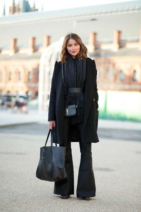 spring-work-flare-leg-pants-all-black-belted-scarf-work-tote-bag-classic-via-hbz