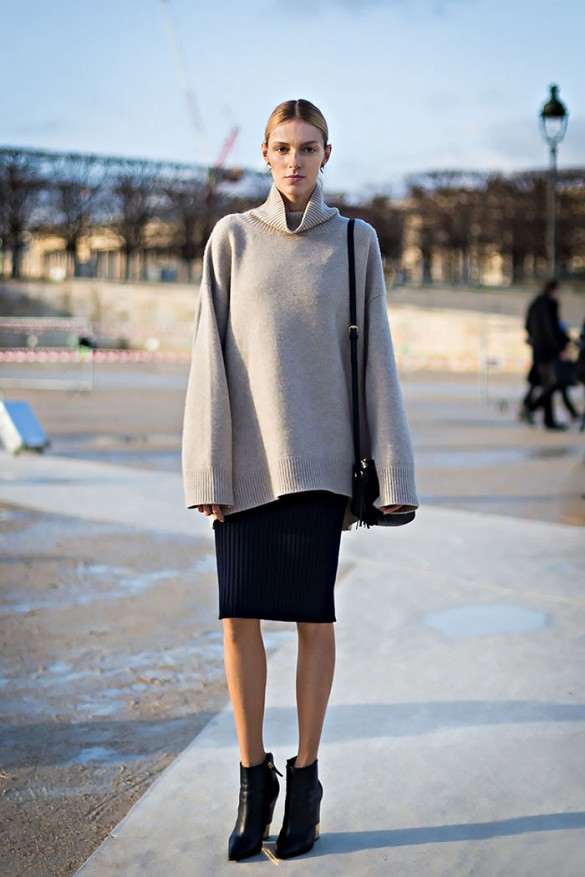 spring-work-pencil-skirt-oversized-turtleneck-sweater-ankle-boots