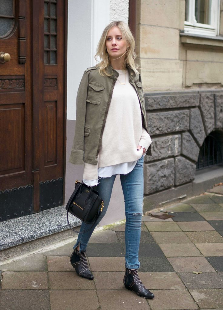 weekend-layers-spring-army-jacket-sweater-skinny-jeans-via-mirror of fashion