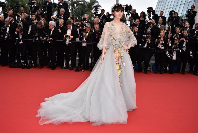 Fan-Bingbing, cannes film festival, red carpet, celeb style, gowns, evening gowns, black tie, celeb style, florals