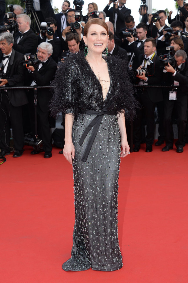 Julianne-Moore, cannes 2015, red carpet style, evening, black tie, evening gowns, feathers