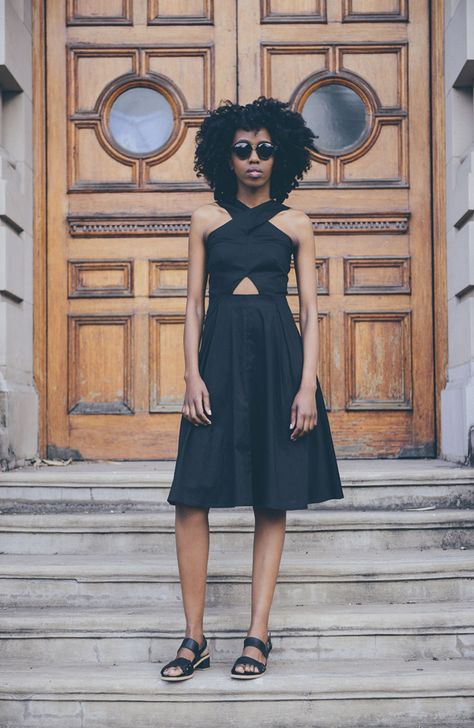 black-dress-sandals-all-black-cutouts-summer-wedding-engagement-party-via-calivintage.com