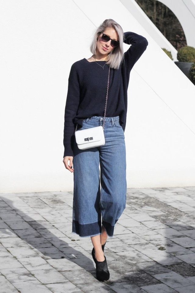 cropped-denim-frayed-white-purse-mules-navy-sweater-via-mydubio.com
