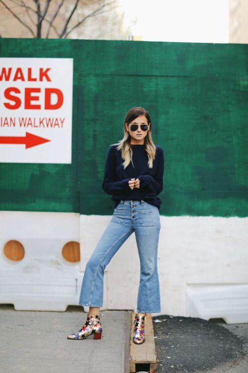 cropped denim, sandals, blogger style