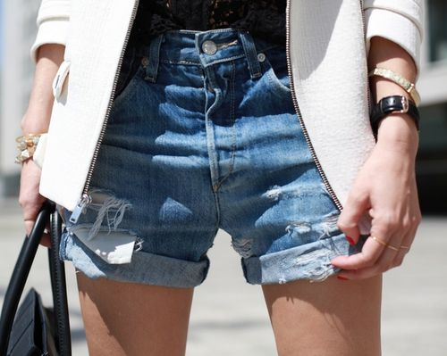 cutoffs-denim-shorts-via-french-voguettes.tumblr.com