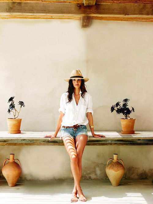 cutoffs-white-oxford-straw-hat-jetsetter-summer-weekend-beach-via-dustjacketattic.bogspot.com
