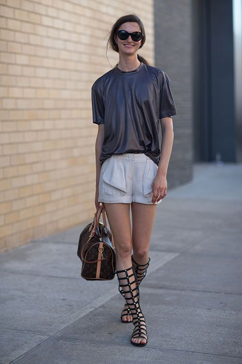 shorts-date-night-going-out-tall-gladiator-sandals-via-hbz
