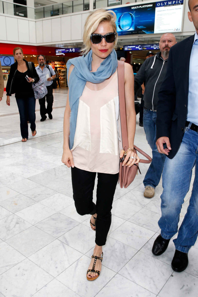 sienna miller-jetsetter-style-airport-style-travel-outfits-summer-casual-cannes-via-getty