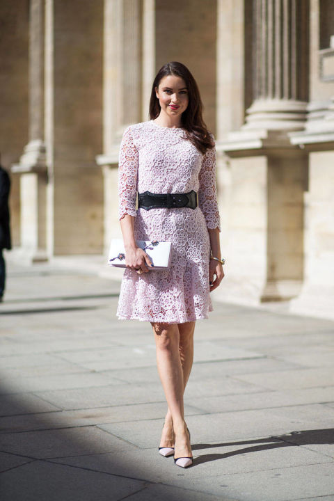 spring-otufits-pink-lace-dress-ladylike-pretty-belt-wedding-shower-party-going-out-via-hbz
