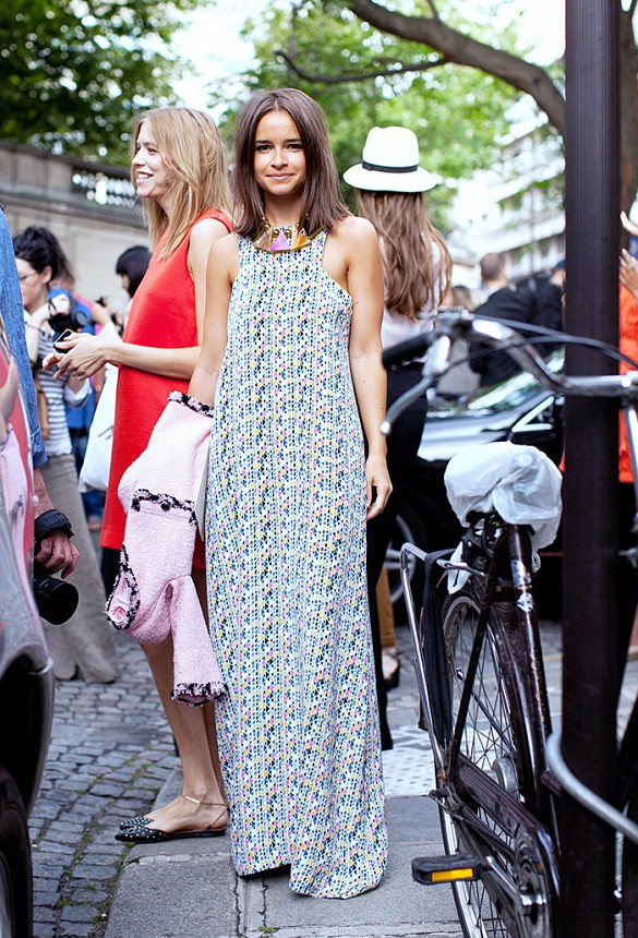 white-maxi-dress-printed-summer-dress-wedding-special-occasions-party-via-www