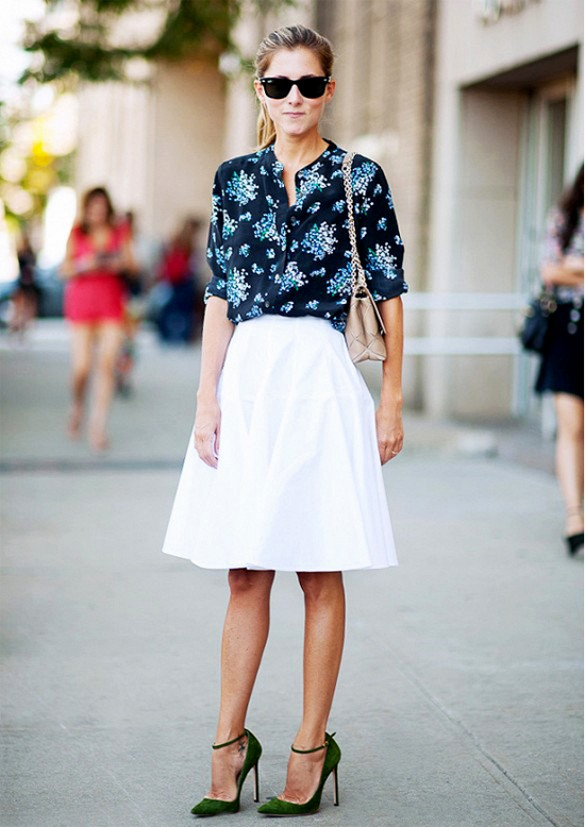 white-skirt-knee-skirt-aline-skirt-floral-blouse-printed-blouse-work-outfits-spring-outfits-via-gastrochic