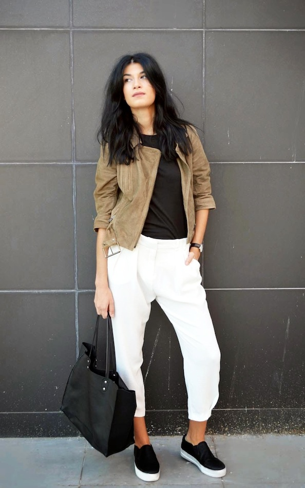 white-sweats-weekend-black-slip-on-sneakers-suede-moto-jacket-black-tote-weekend-casual-spring-neutrals-via-the blossom girls