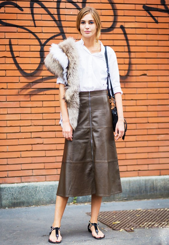 work-white-short-sleeve-shirt-leather-midi-sandals-fur-via-www