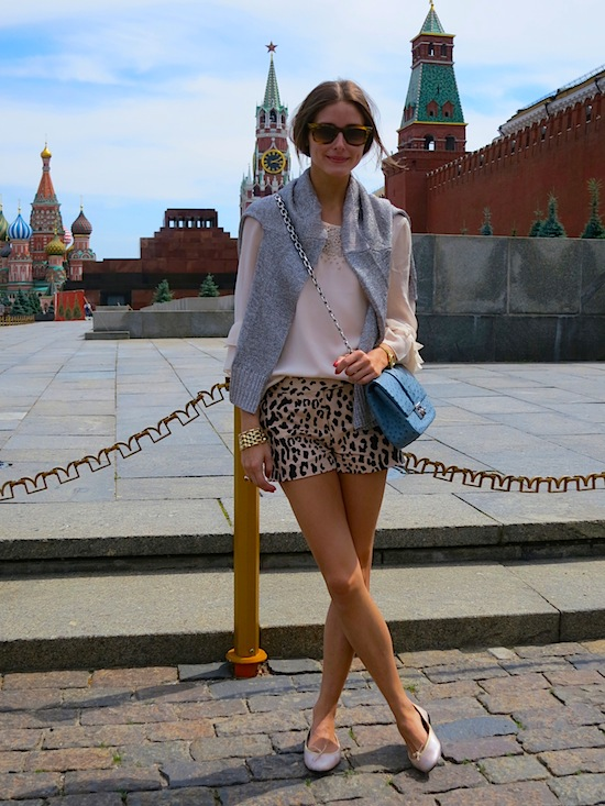 OliviaPalermo-sightseeing-russia-tibi-vacation-style-shorts-animal-prints-summer-via-oliviapalermo.com