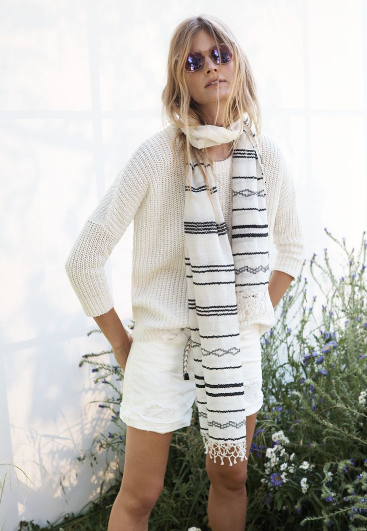all-white-summer-outfit-white-short-sweater-scarf-weekend-casual-via-madewell
