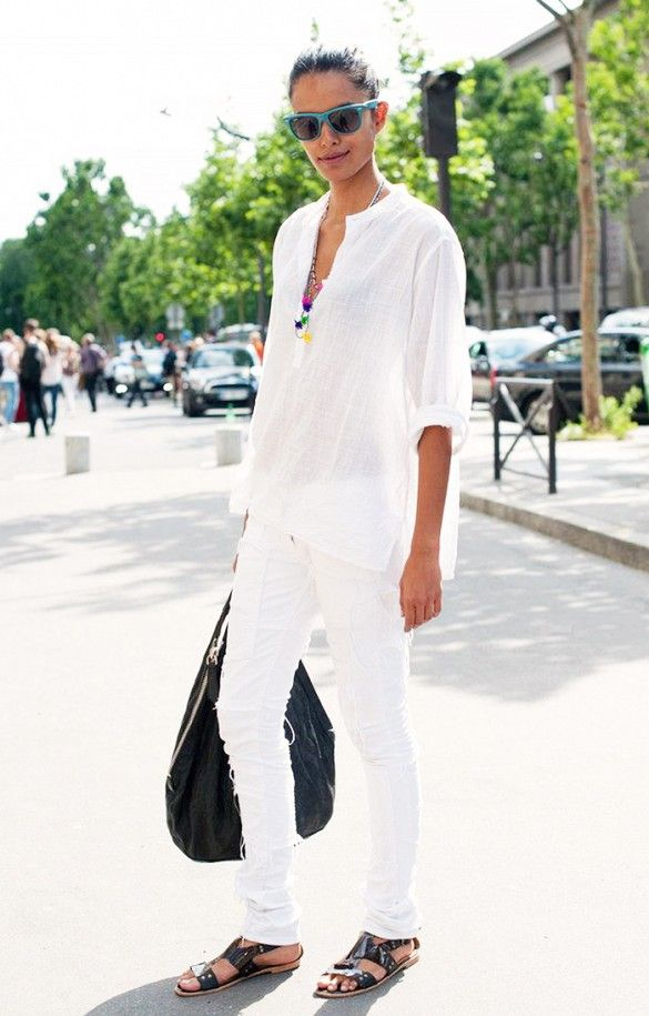 all-white-white-jeans-party-bbq-via-via-whowhatwear