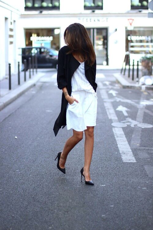 summer, work shorts, long shorts, bermuda shorts, black and white, duster coat, spring coat, pumps, pinstripes