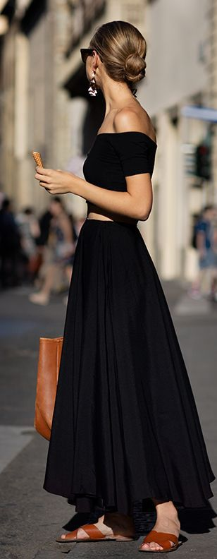 black-maxi-skirt-via-shopdailyschic
