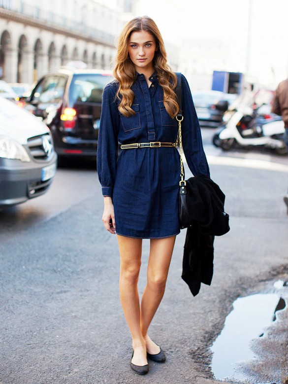 denim-dress-ballet-flats-summer-spring-via-stockhholm-street-style