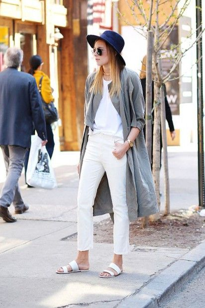 duster-coat-white-jeans-white-tee-slides-sandals-hat-summer-spring-outfits-