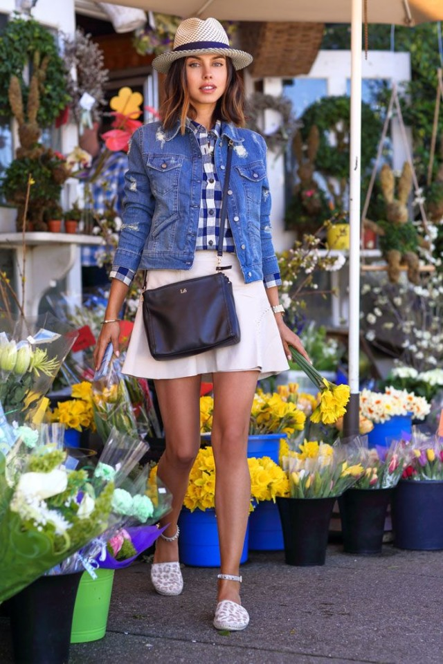 farmers-market-summer-weekend-brunch-outfit-denim-jacket-gingham-shirt-white-skirt-espadrille-flats-vacation-sightseeing-via-vivaluxury