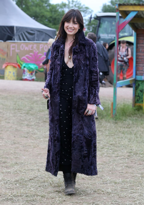 glastonbury-2015-style-festival-fashion-wellies-rain-boots-via-getty3