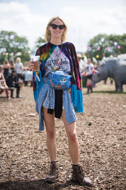 glastonbury-2015-style-festival-fashion-wellies-rain-boots-via-getty6