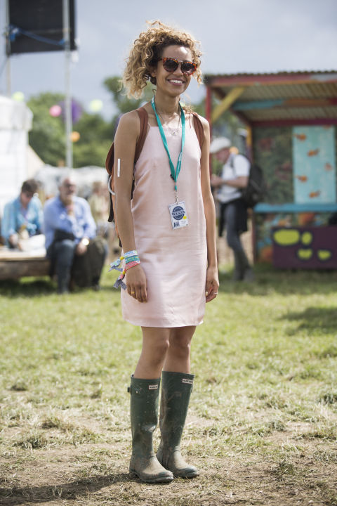 glastonbury-2015-style-festival-fashion-wellies-rain-boots-via-getty8