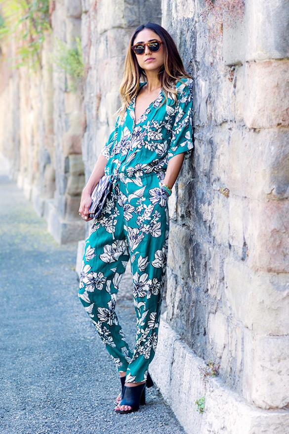 leaf-print-jumpsuit-going-out-night-out-party-date-night-mules-via-soraya bakhtiar