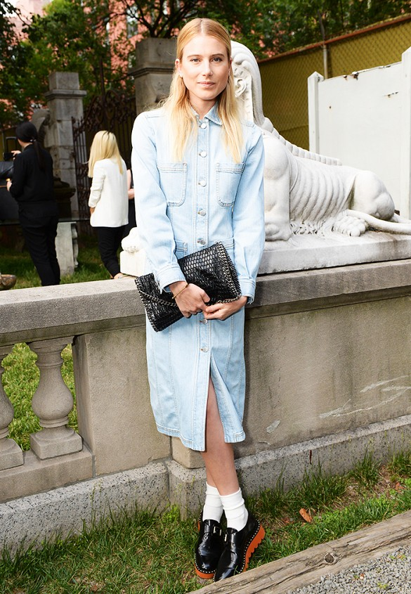 stella mccartney pre-fall presentation, dree hemingway, shirt dress, creepers , jean dress, midi dress, socks