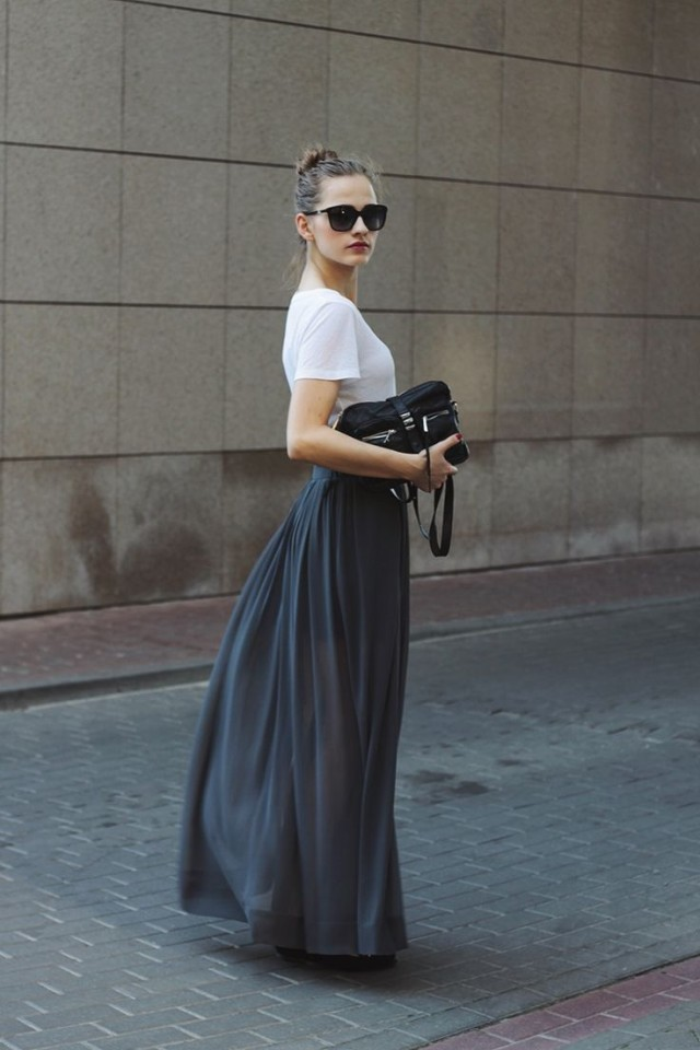 maxi skirt, white tee, summer outfits