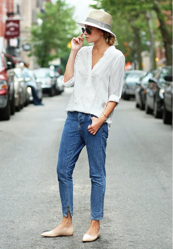 mom-jeans-rustic-stripes-flats-hat-summer-weekend-casual-via-weworewhat