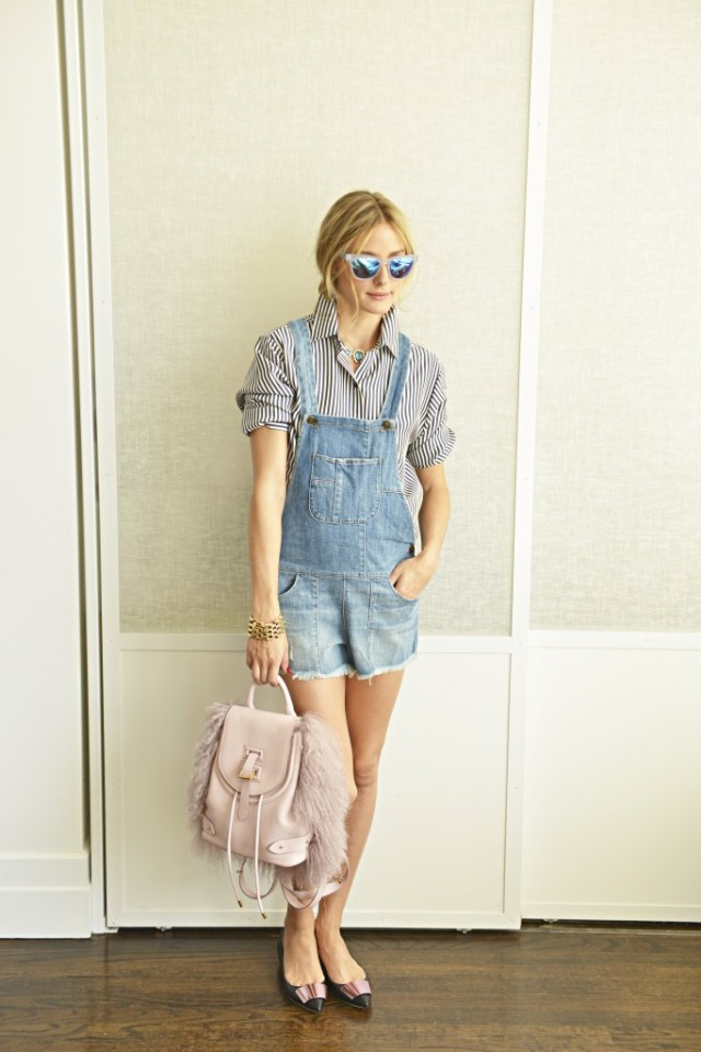olivia-palermo-shortalls-ballet-flats-backpack-striped-short-sleeve-shirt-weekend-brunch-night-out-hamptons-vacation-sightseeing-via-oliviapalermo.com