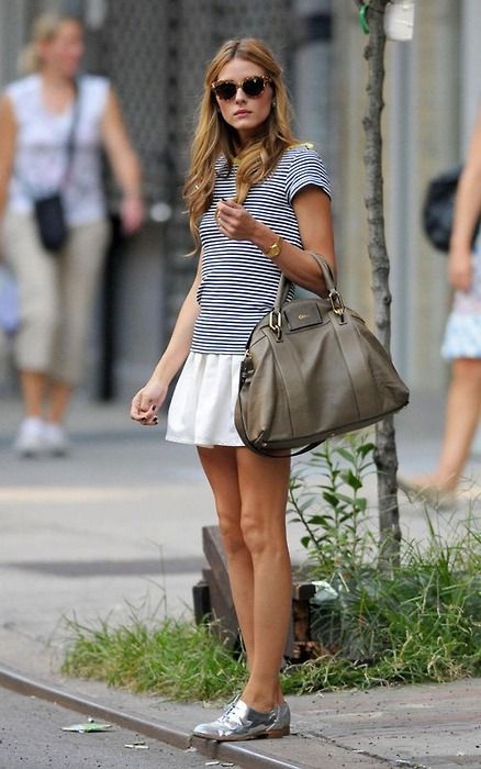 olivia-palermo-white-skirt-striped-tee-stripes-summer-outfit-vacation-sightseeing-metallic-oxfords-via-lerevedemarie.tubmlr.com