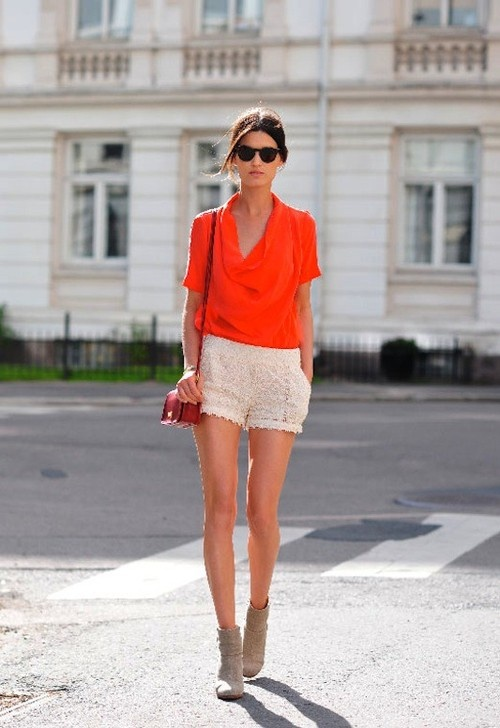 shorts-blouse-summer-booties-summer-outfit-sightseeing-jetsetter-urban-summer-brunch-shower-party-date-night-hanneli-mustparta-via-topshelclothes.com