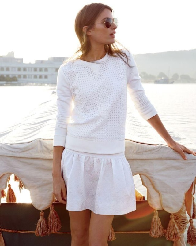 summer-sightseeing-party-hamptons-beach-pool-bbq-awhite-skirt-all-white-via-jcrew