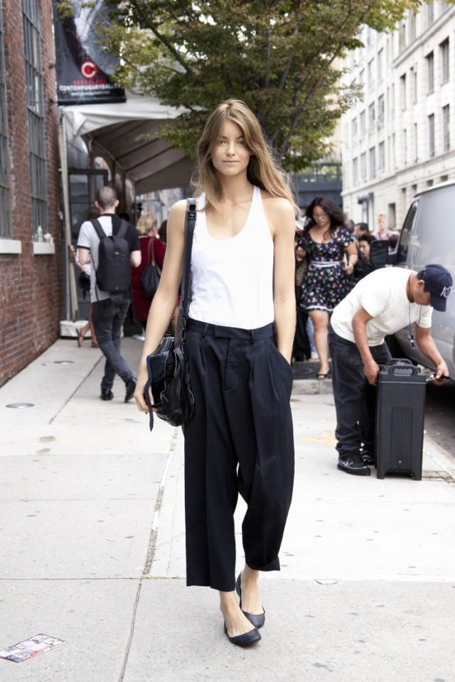 summer-vacation-sightseeing-work-black-culottes-black-ballet-slippers-whtie-tank-top-summer-work-black-and-white-via-lacooletchic.tumblr.com