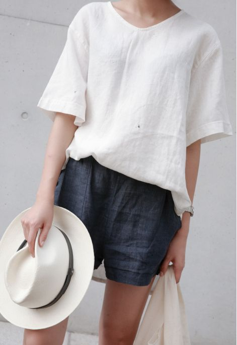 summer-weekend-casual-shorts-linen-hat-via-death-by-elocution.tumblr.com-hamptons-beach