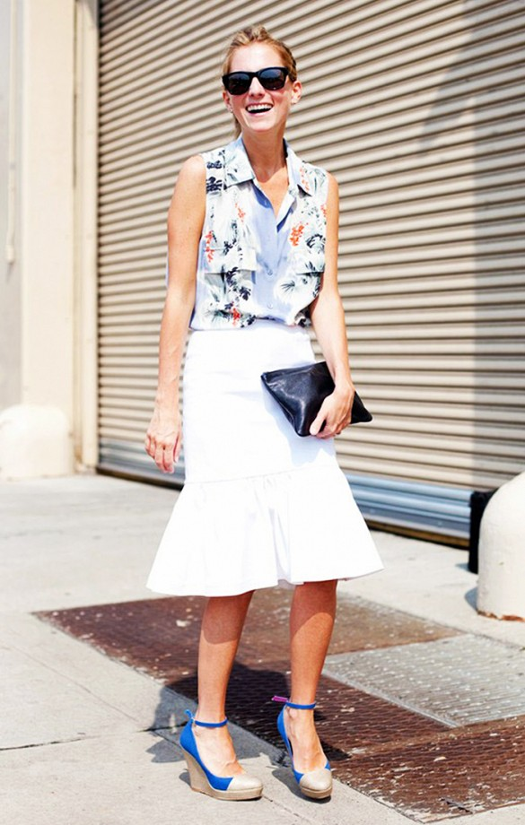 summer-work-outfits-white-peplum-skirt-printed-tank-wedge-sandals-espadrilles-clutch-going-otu-shower-cocktials-via-candice lake