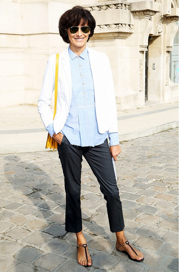white-blazer-tomboy-menswear-preppy-summer-friday-work-via-wireimage