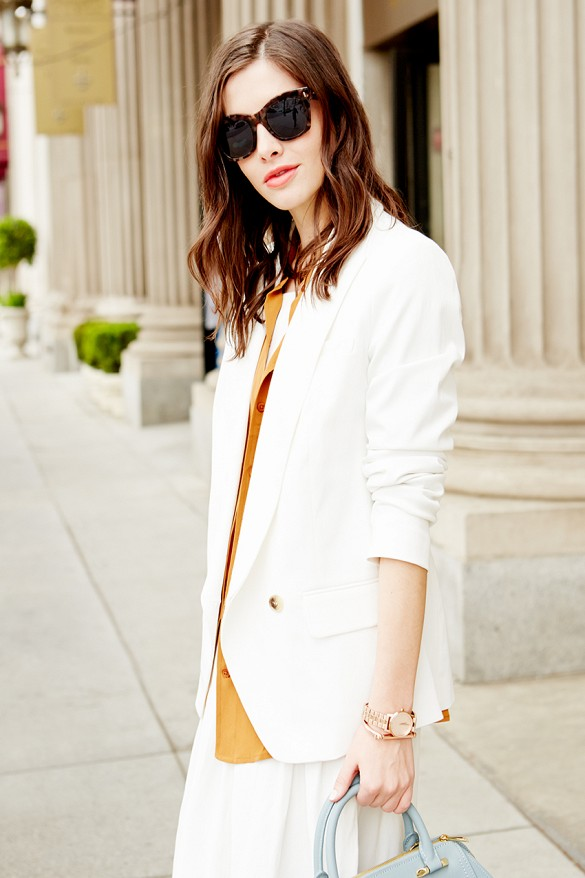 white-pants-suit-white-blazer-white-wide-leg-pants-all-white-summer-work-outfit-via-