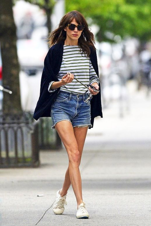 alexa-chung-white-sneakers-cutoffs-denim-shorts-striped-tee-stripes-blazer-poncho-classic-summer-weekend-preppy-hamptons-via-leffashionimage.blogspot.com