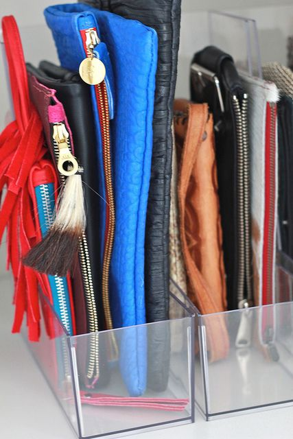 organizing clutches-closet-org-cluches-via-perpetuallychic.com
