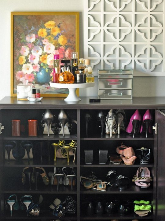 closet-org-shoe-storage-via-aptther-makeup-jewelry